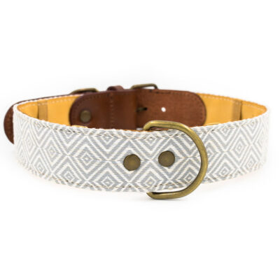 Corcho Dog Collar